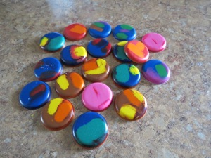 Round crayons